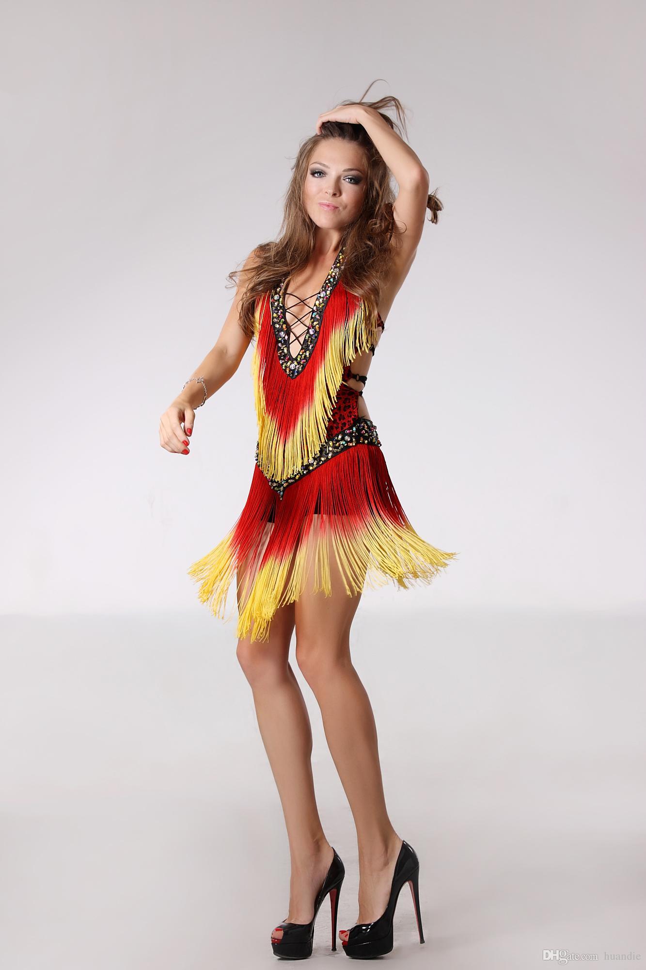 d61c4824a Borla flecos de las mujeres del salón de baile latino salsa cha cha Samba  rumba jive dancewear competencia Lentejuela trajes de disfraces
