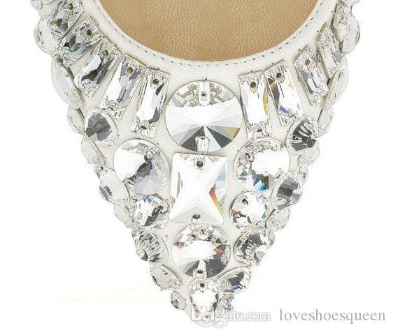 2017 Primavera Sapatos de Grife Mulher Apontou Toe Strass Sapatos de Salto Alto Frisado Glitter Deslizamento Em Cristal Branco Sapatos De Casamento De Noiva