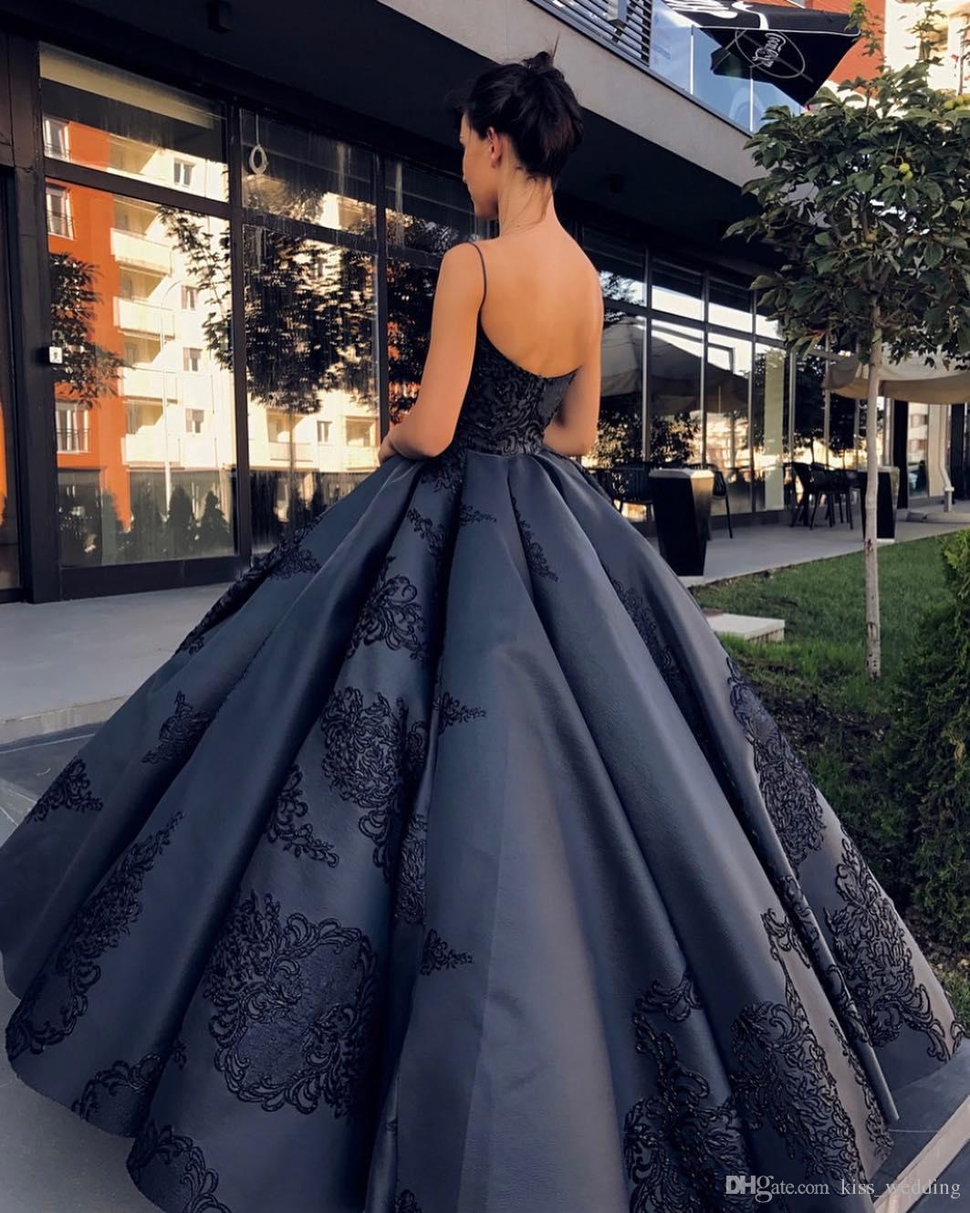 2017 New Design Open Back Evening Dresses Black Gowns Beaded Party Satin Appliques Full Length Sexy Spaghetti Straps Vestidos Festa