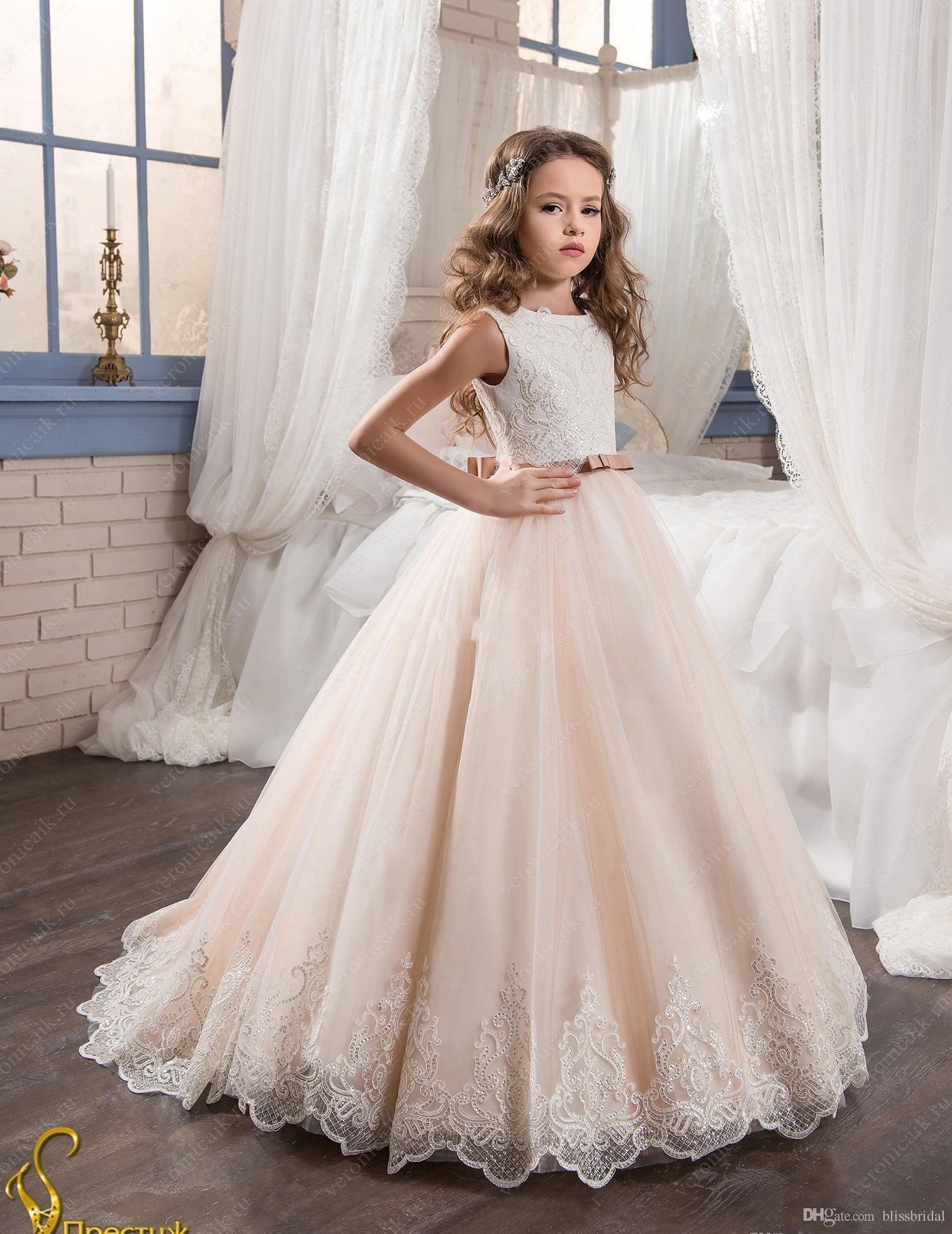 2019 Vestidos florista do vintage para vestidos de casamentos Blush Rosa Custom Made Princesa Tutu lantejoulas Appliqued Lace Bow crianças da Primeira Comunhão