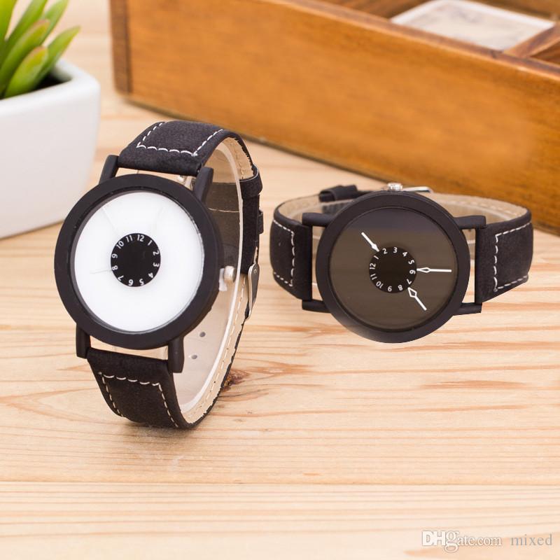 Stile semplice in pelle nera e bianca orologio da polso al quarzo Orologi da donna Orologi casual da uomo Relogio Feminino 2016 Orologio da donna