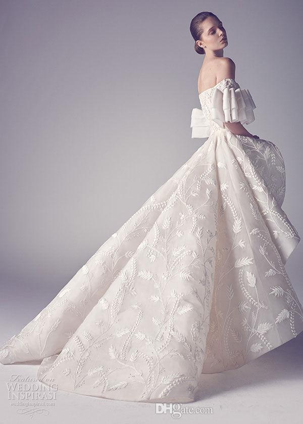 Schulterfrei Elfenbein Ashi Studio Brautkleid Charming Applique Rüschen Plus Size Braut Hosen passt bescheidenen Kapelle Kleid für die Braut