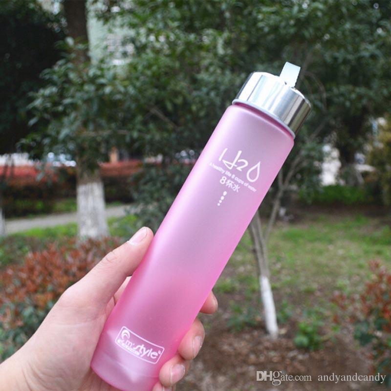 المحمولة 280 ملليلتر زجاجة المياه البلاستيكية بسيط الأزياء h2o غير قابلة للكسر زجاجات المياه للدراجات في الرياضة الدراجات التخييم كأس drinkware