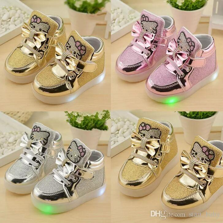 3 colors Girls Sneakers Kids hello kitty Led Lighting Shoes Child Casual Athletic Shoes Baby Luminous Flat Shoes free shipping