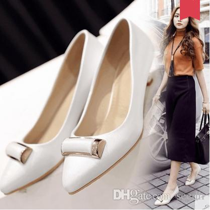 2017 spring new Korean version of shallow mouth single shoes pointed fine heel shoes low heels big yards small shoes lowest price 18c7gqd2