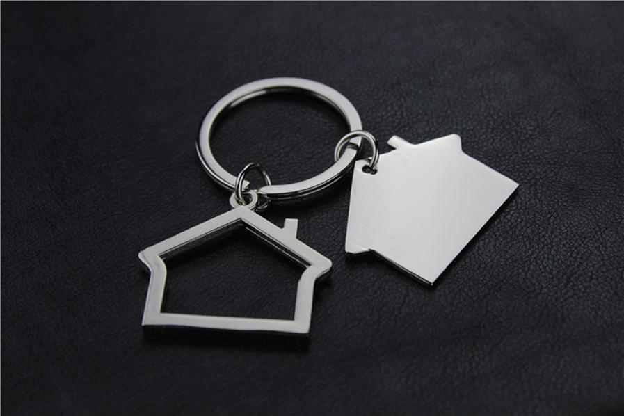 Small House Model Metal Keychain Keyring Bag Pendant Cute Car key chain ring holder Jewelry for Men Women