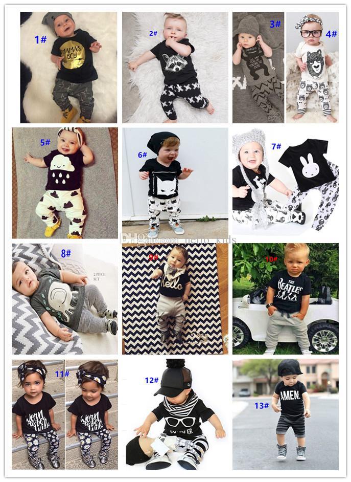 54 Style Nouveau INS Bébé Bébés Garçons Filles Lettre Ensembles Haut T-shirt + Pantalon Enfants En Bas Âge Enfant Décontracté À manches courtes Costumes Été Enfants Tenues Vêtements