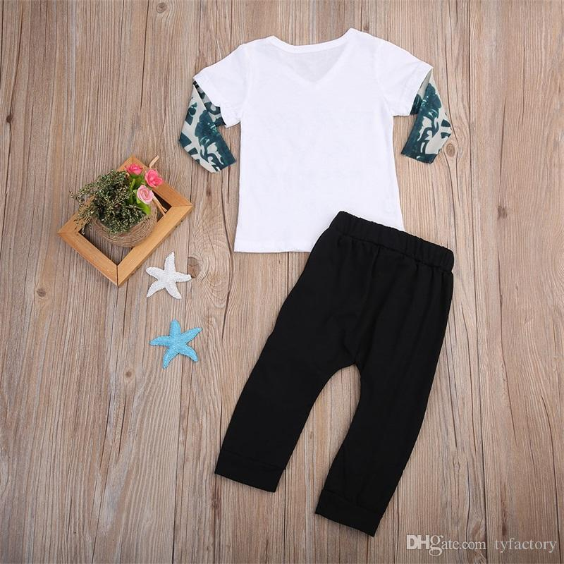 Recién nacido Niño pequeño Bebé Niño Niña Ropa Top + Pantalones Conjunto de traje de algodón Falso Camiseta de dos piezas Ropa de estilo callejero estadounidense