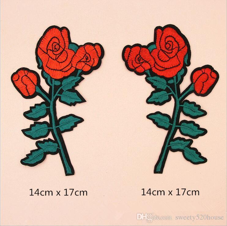 / SET Qualität nagelneue Blumen und die Schlange rüttelt Heißschmelzkleber Appliquestickereiflecken Streifen DIY Kleidungszusatz
