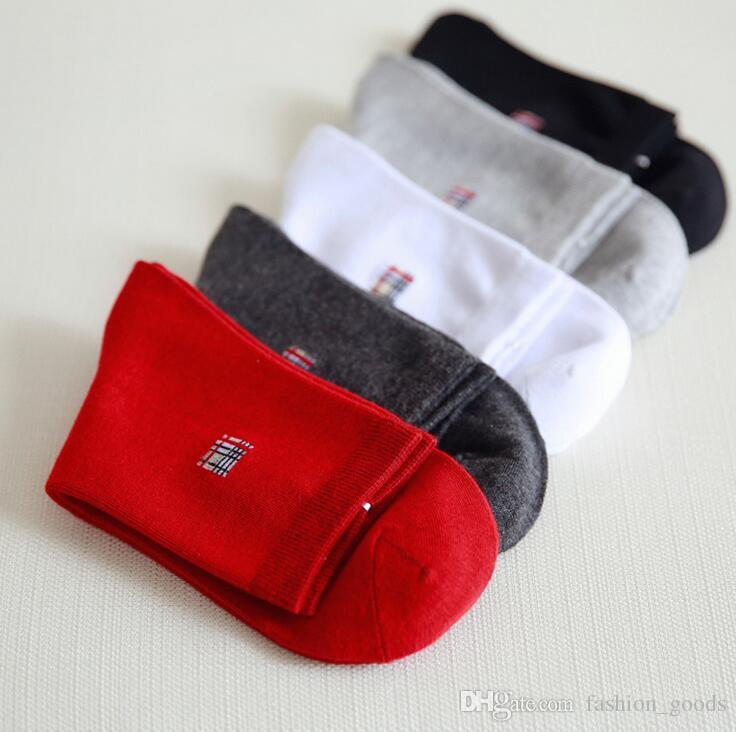 Good A++ Cotton Men's Socks in the solid color deodorant business men sock NW011