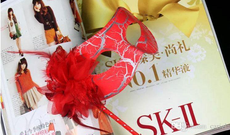 maschere feste lato fiore rivestito maschera feste in maschera veneziana sul bastone fiore fianco a mano H57B