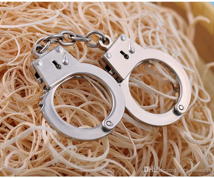 Small Handcuffs Antique Silvery Alloy Handmade Findings Fit Making Crafts Metal Thumb Cuffs Keychain Gift B101Q