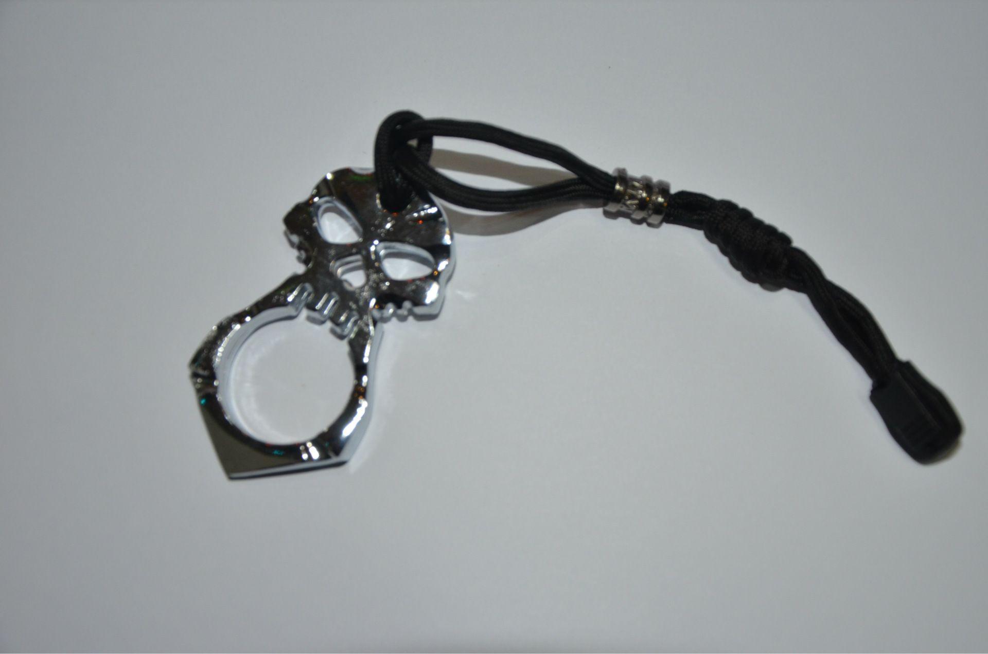 Skull Skeleton single woman Self Defense punch daggers outdoor Buckle Survival pocket Knuck knuckles Multi tools