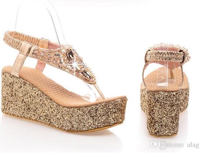 Mulheres Sandálias de Praia Verão Flip Flops Chinelos de Senhora Sandálias Das Mulheres Flip Flops Sapatos Diamand Mulheres Plataforma Sapato de Cunha Tamanho Grande 34-43