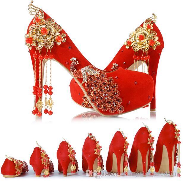 980d4773c Calçados Tanara Sapatos De Casamento De Borla Vermelha Estilo Chinês  Artesanal Sapatos De Salto Alto De Noiva Sapatos De Cetim Cheongsam Vestido  Mulheres ...
