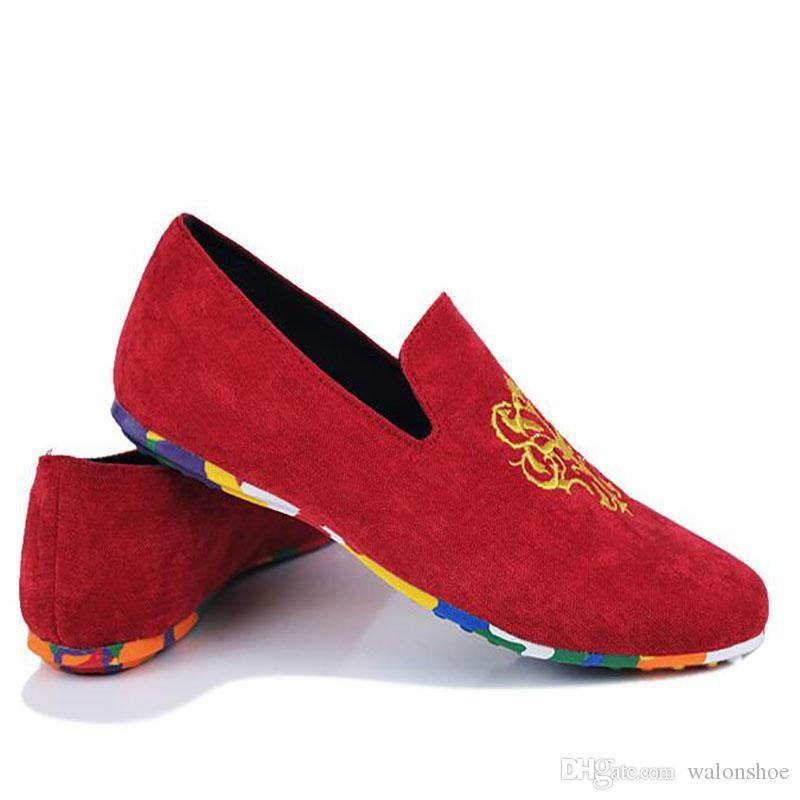 27d9e2ef96f Korean Style Men Casual Shoes Fashion Embroidery Cloth Shoes Slip-on ...