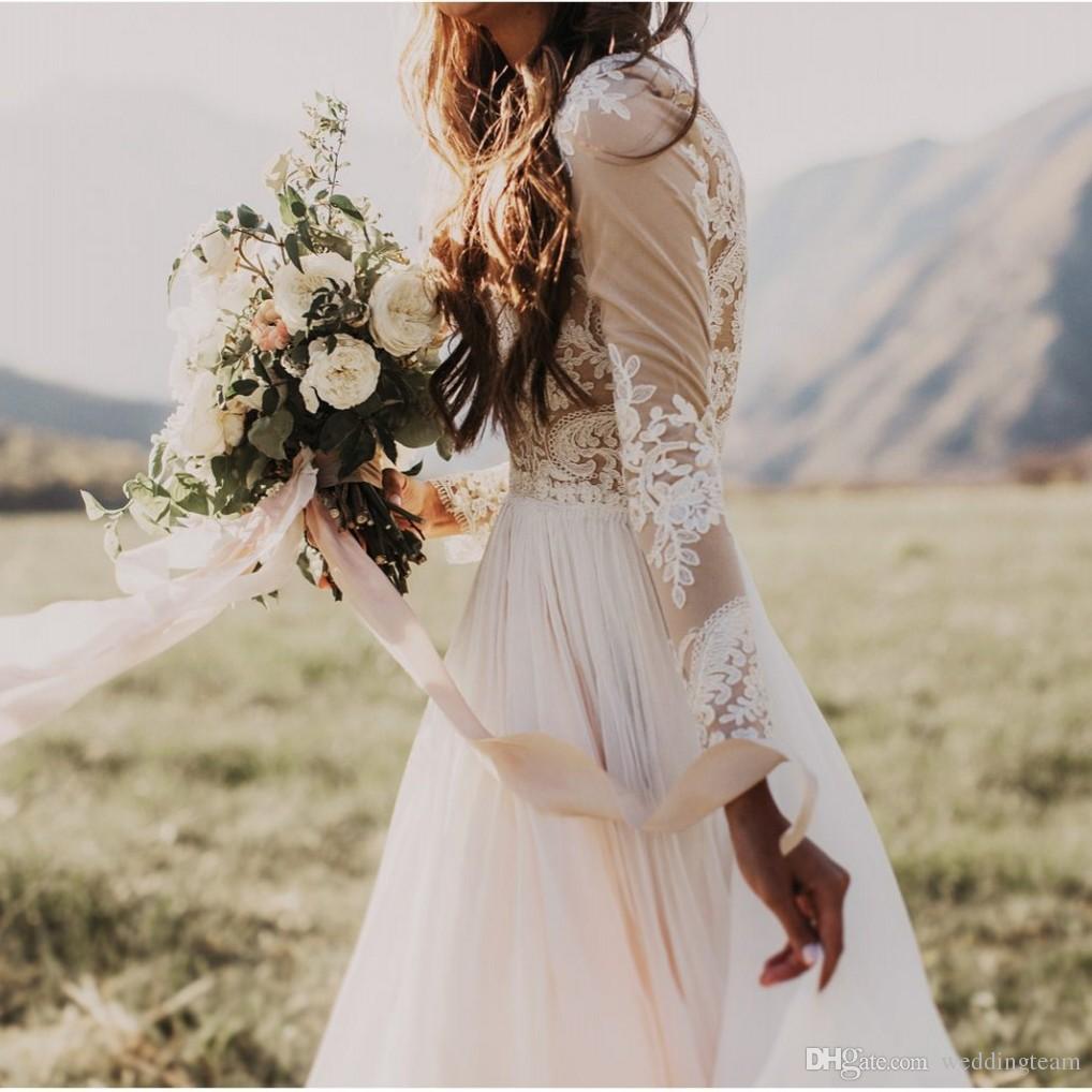 Robes de mariée en dentelle de plage bohème pas cher avec pure manches longues Bateau cou une ligne Appliqued mousseline de soie Boho robes de mariée