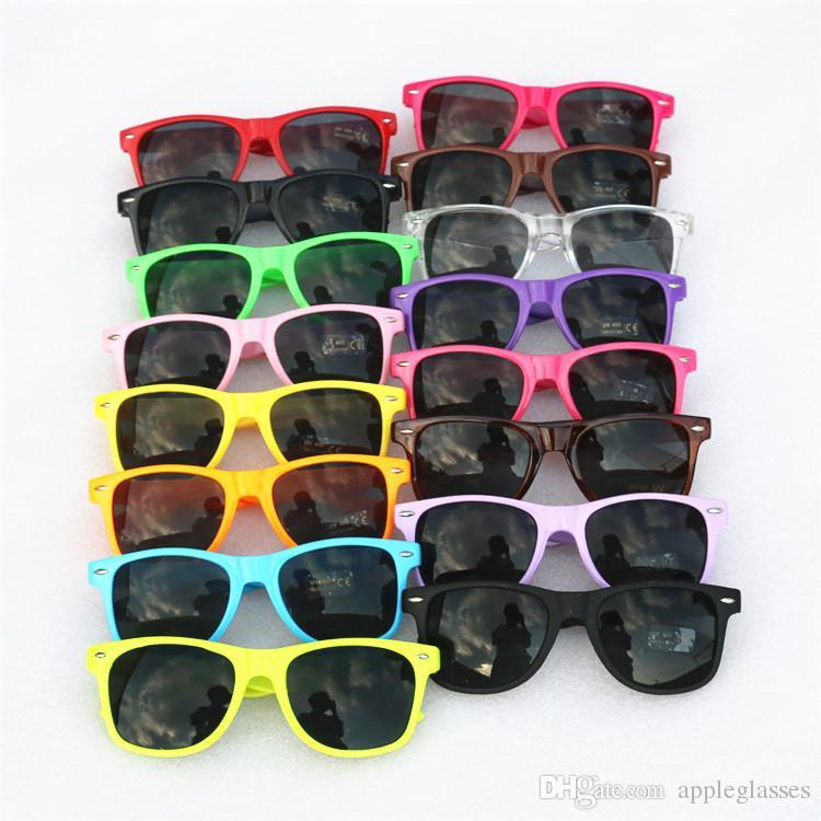 20 adet Toptan klasik plastik güneş gözlüğü retro vintage kadınlar erkekler yetişkinler çocuklar çocuklar için kare güneş gözlükleri çok renkler