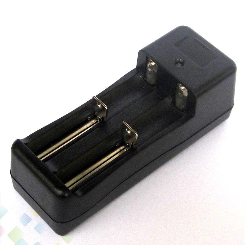 Новые литий-ионный аккумулятор Универсальное зарядное устройство двойные слоты зарядные устройства подходят 18350 и 18650 батареи высокое качество электронной сигареты DHL бесплатно