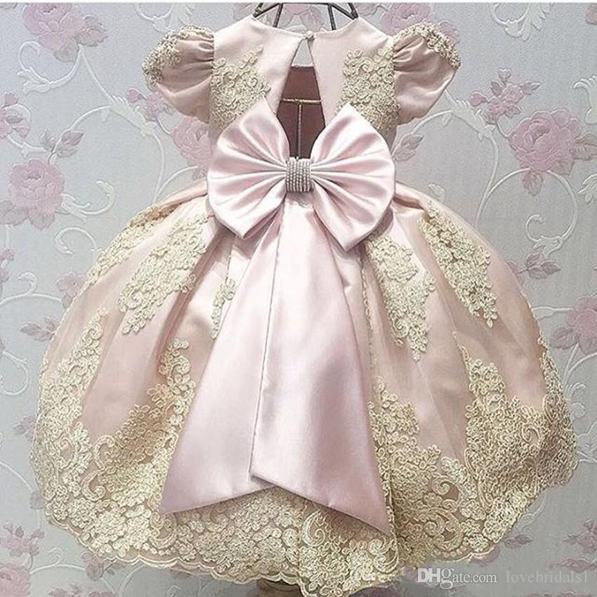 2019 Newest real photos Pink Short Sleeve Satin girls pageant Dresses Appliques Kids first cummunion Vestidos Kids Party Dress for toddler