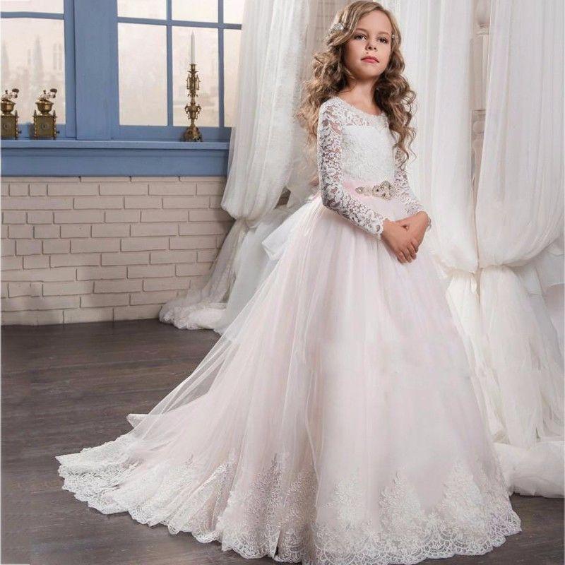 4a8fb3537 Compre Elegante Vestido De Tul De Primera Comunión Para Niñas De Encaje De  Manga Larga Vestidos De Niña De Flores Vestido De Fiesta Lindo Con Diseño  De ...