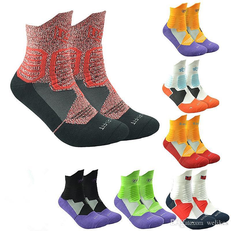 49531fa8f4e 2019 USA Professional Elite Basketball Socks Men Fashion Compression Thermal  Winter Socks Long Knee Athletic Sport Socks From Welikes