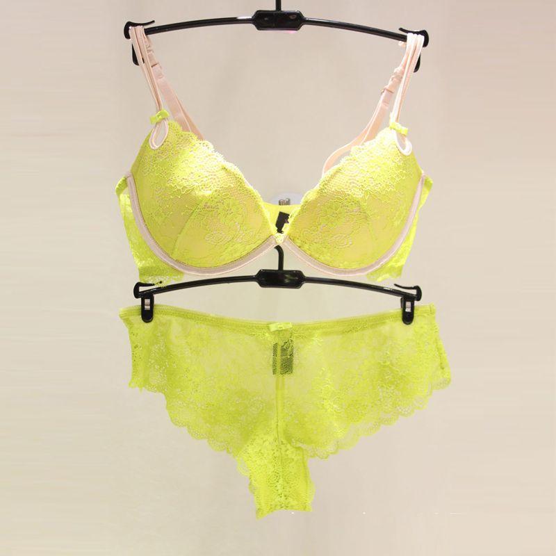 Ensemble de soutien-gorge et culotte Push Up Underwear pour femmes françaises Secret Sexy Lace Cheeky Panties Lingerie Jaune Sheer Rembourré Soutien-gorge ensemble