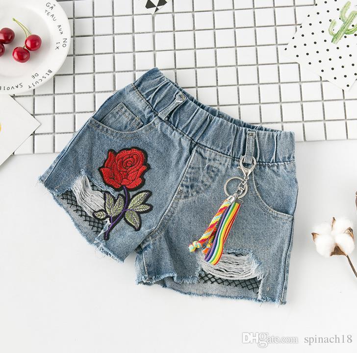 새로운 여름 어린이 소녀 데님 반바지 아기 어린이 어린이 꽃 자수 구멍 디자인 진 반바지 3041 로즈