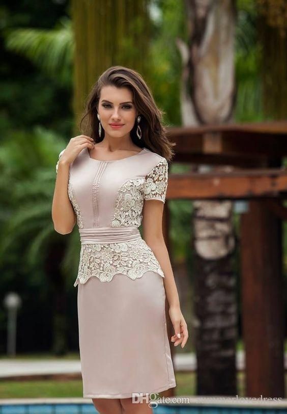 2017 New Elegant Short Sleeves Lace Short Mother 'Dresses Satin Knee Length Ruffles Formal Party Evening Mother Dresses