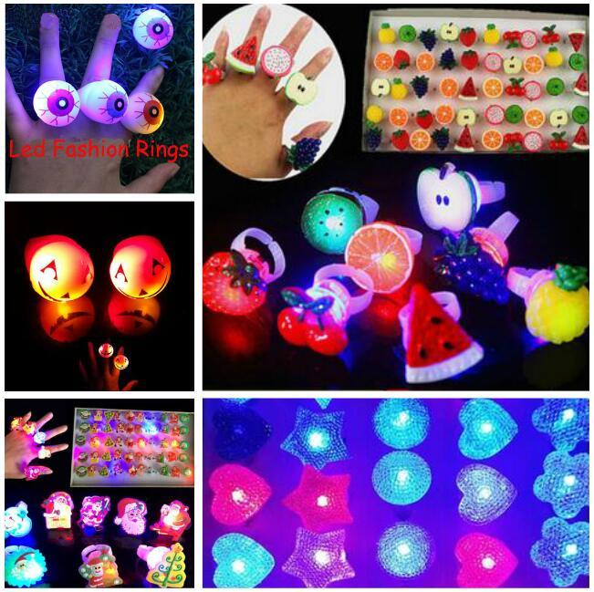 lumière LED flash jusqu'à Fruit Eyeball Pumpkim Père Noël Étoile Bubble élastique Bague Rave Party Blinking doux Finger Lumières de Noël cadeau
