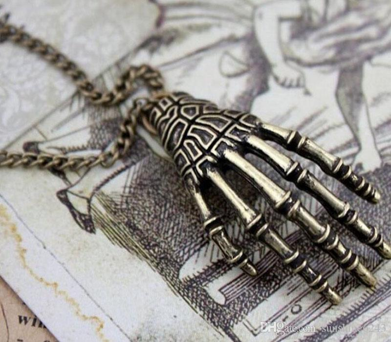 new Pendant Necklaces style retro personality hot bone claws necklace pendants female sweater chain
