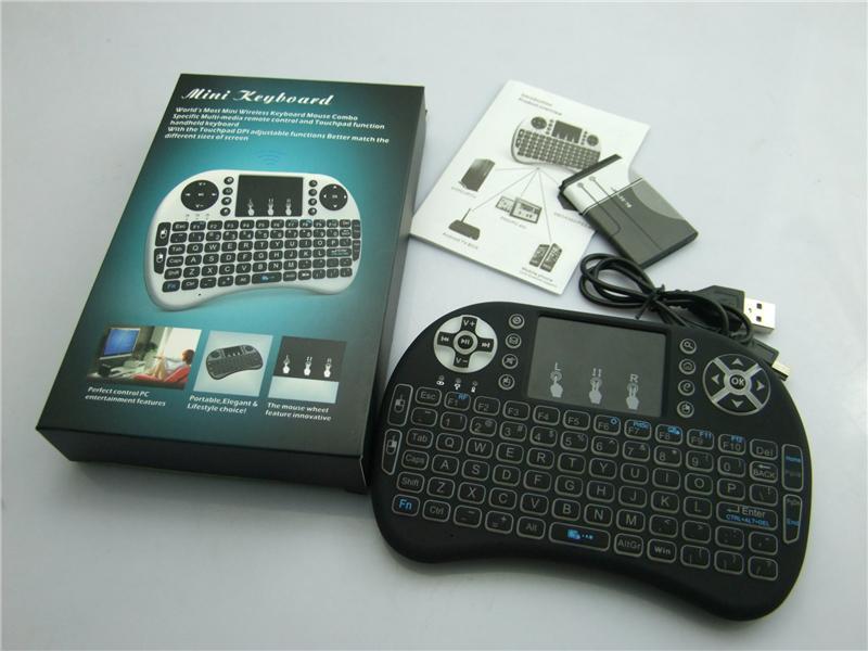 Rii I8 Fly Air Mouse 2.4G Retroilluminazione retroilluminata colorata Tastiera touchpad wireless multifunzione PC Pad Android TV Box MXQ V88 X96