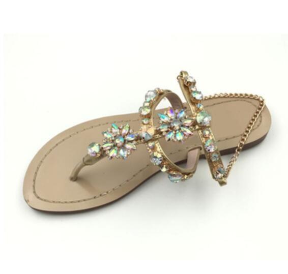 2017 дамы плоские каблуки сандалии знаменитости обувь Гладиатор сандалии лето Алмаз Стад слайд сандалии платье обувь Кристалл квартиры