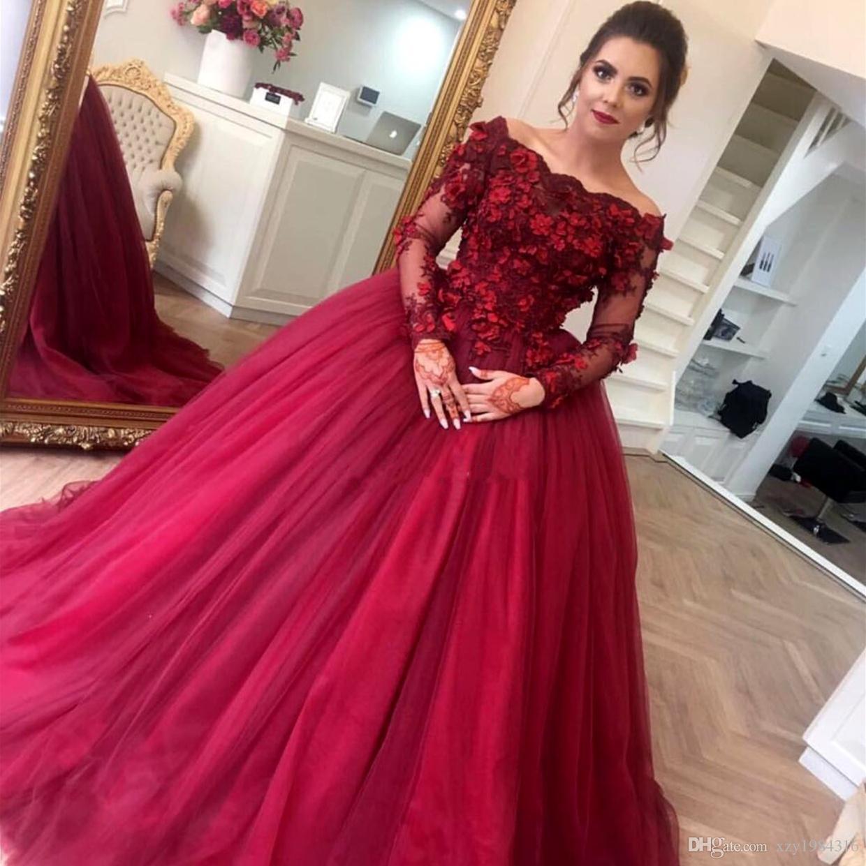 Vintage Burgundy Prom Ball Gowns Off The Shoulder Floral Applique