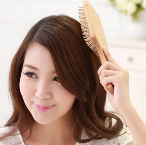 2018 Cura dei capelli Massaggio Spa in legno Pettine in legno Paddle Manico a punta Denti Spazzola capelli Cuscino antistatico Pettine