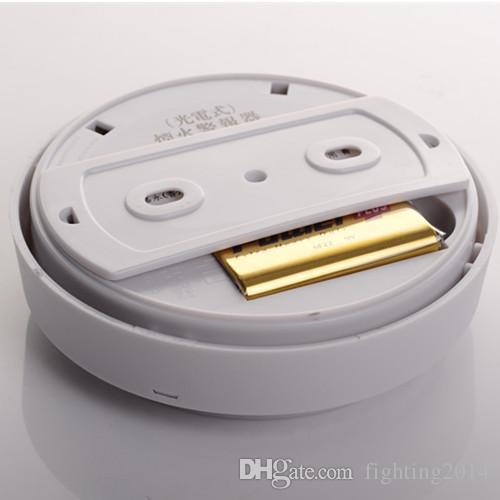 Detector de humo Sistema de alarma Sensor Alarma de incendio Detector de humo inalámbrico Seguridad para el hogar Alta sensibilidad Estable LED 9V con pilas blanco