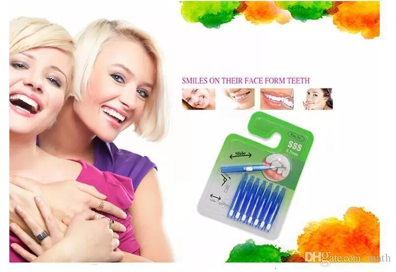 Nuovo 8 pz / pacco Uso ripetutamente Dental Care Oral Care Interdental Floss Spazzole Denti Tongue Cleaner Stuzzicadenti Pennello CCA6932 300lot