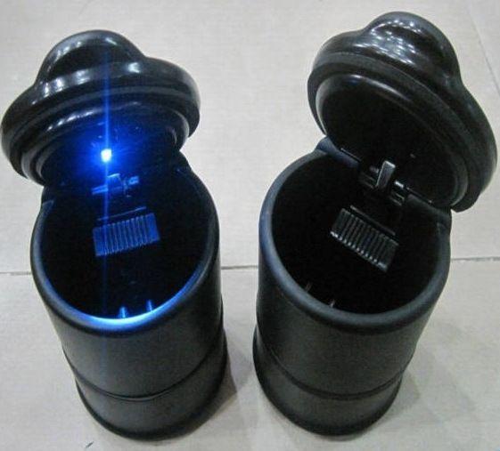 Hoher Beschaffenheits-Fahrzeugaschenbecher Auto-Aschenbecher flammhemmend mit LED-Licht 9.5x7cm Schwarz Hochwertige tragbare Zigaretten-Zusätze geben DHL frei