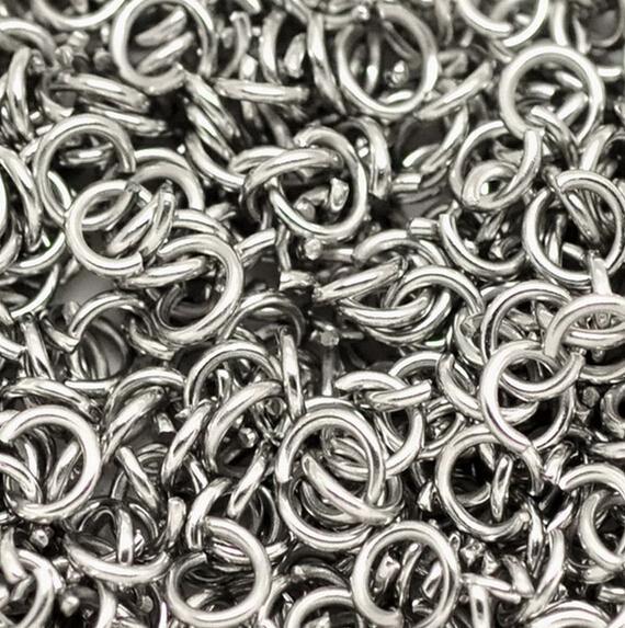 vendita all'ingrosso forte anello di salto aperto in acciaio inox anello diviso 5x1mm / 6 * 1mm / 7 * 1mm / 8 * 1mm gioielli alla ricerca di argento lucido moda fai da te BLING