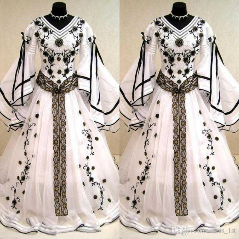 Medieval Black And White Gothic Wedding Ball Gown: Discount Vintage 2018 Black And White Long Sleeve Wedding