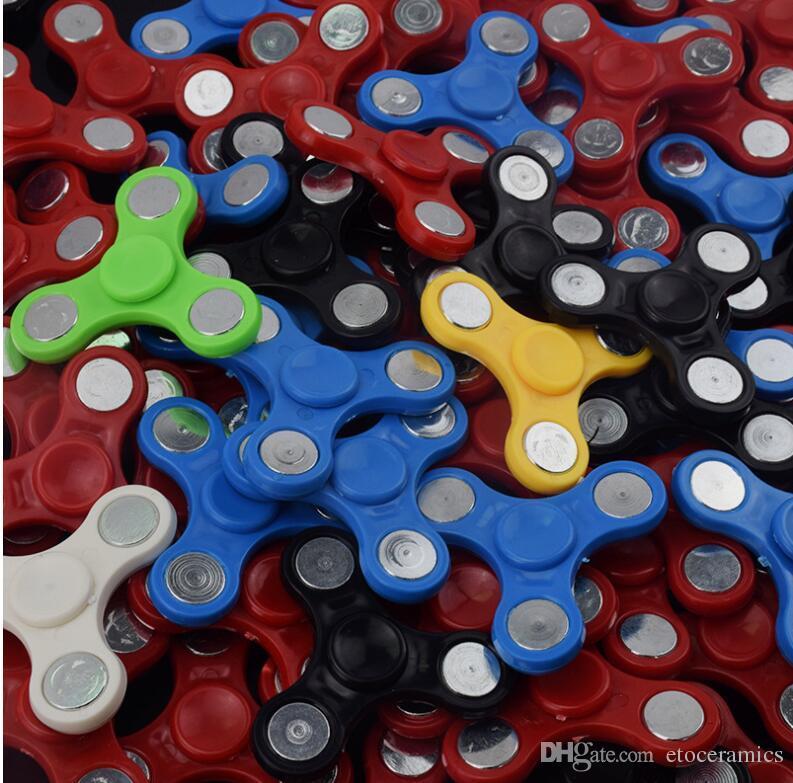 トップクオリティEDCハンドスピナーガジェットおもちゃのハンディーナーの指おもちゃのFidgetスピナーの解凍不安のDHLの配送