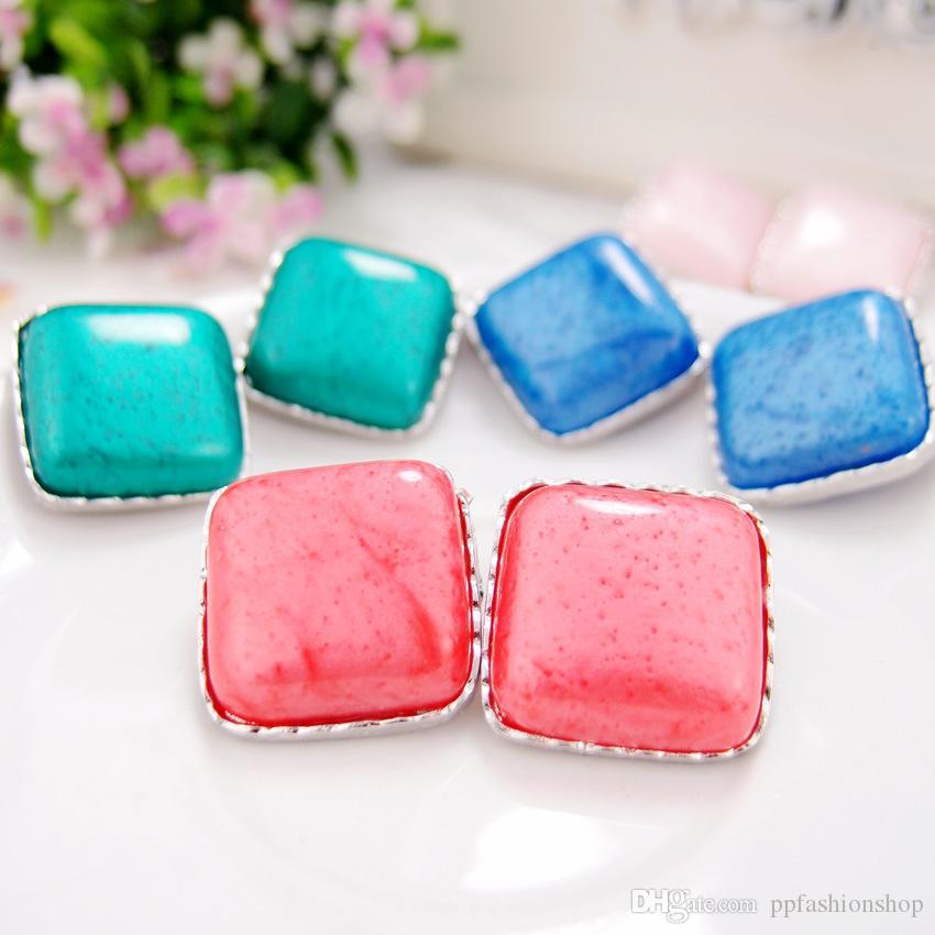 Boucles d'oreilles haut de gamme, mode douce et belle boîte rose boucles d'oreilles, tempérament dames sauvages accessoires en gros livraison gratuite