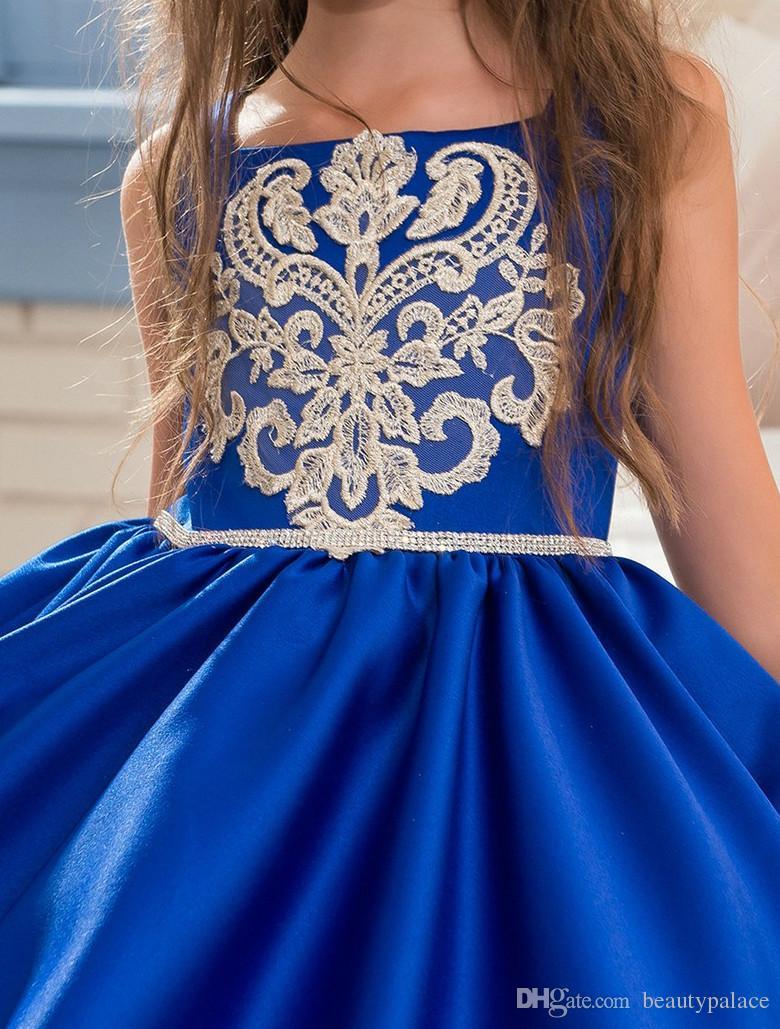 2017 königsblau blumenmädchenkleider straps appliques sleeveless ballkleid formale bogen schärpen erste kommunion kleider vestidos longo