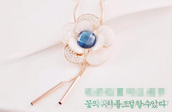Korean Fashion Unique Inspiration Accessories Jewelry Czech Crystal Opal Flower Pendant Real Gold Plating Charm Sweater Necklaces For Women