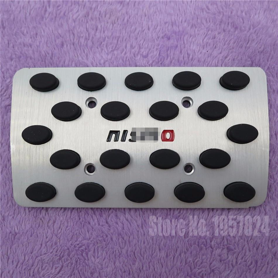Accessories For Nissan Tiida Sylphy March Livina Sunny Qashqai Teana NISMO AT/MT Accelerator brake Foot Rest Pedal Pad Sticker