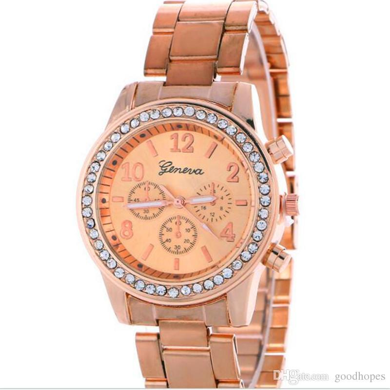 Compre Marca De Lujo Ginebra Relojes Moda Hombres Mujeres Unisex Reloj De  Pulsera De Cuarzo De Acero Inoxidable Dial Redondo Shinning Rhinestone Reloj  De ... 7bb1f0c5e0aa