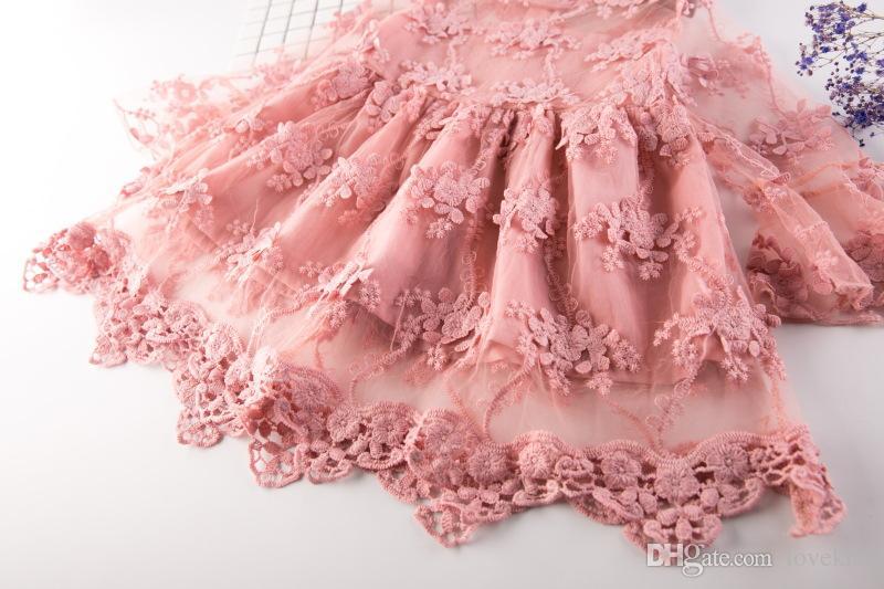 2017 nuovi vestiti del merletto della principessa Abiti infantili del bambino Vestiti dei bambini Regalo del bambino Bambini ricamo Flower Party Abito in tulle A313