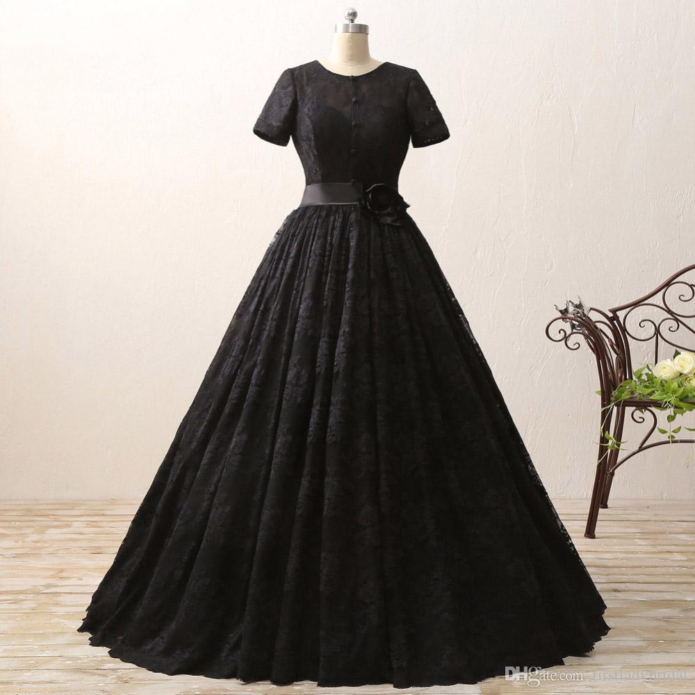 a083c453dd Compre Vestidos De Novia De Encaje Negro 2017 Jewel A Line Vestidos De  Novia Mangas Cortas Elegante Gótico País Novias Vestido Barato Diseñador A   104.65 ...