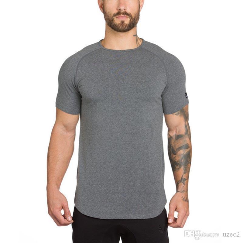 2017 en Europe et aux États-Unis solide T-shirt à manches courtes hommes de couleur. sports course à pied