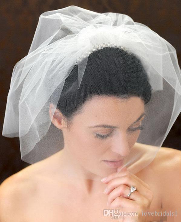 Vente chaudeVêtements De Mariage À La Main Vintage Blanc Fleur De Voile De Mariée Perlée Cage À Oiseaux Voile Casque Tête Voile De Mariage Accessoires De Mariée De Mariage